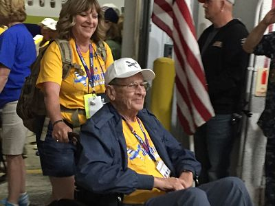 Flag City Honor Flight homecoming